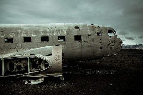 avión de la marina de USA abandonado en la playa, Islandia