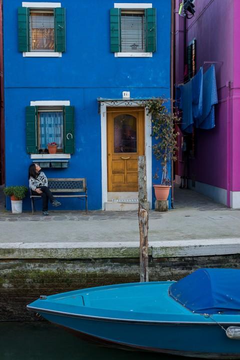 Callejeando por los canales de burano, islas de venecia , italia