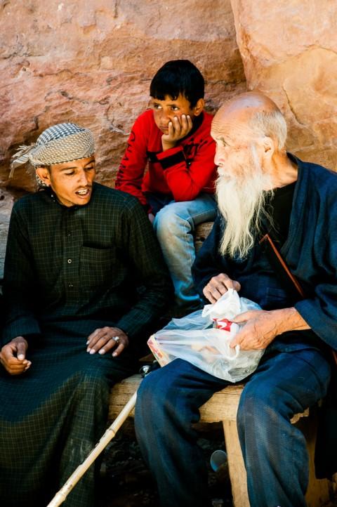 Familia completa en Petra, Jordania