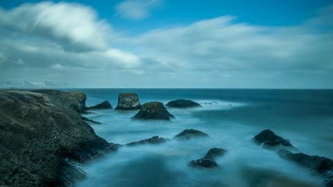 Paisaje acantilados , larga exposición, Islandia