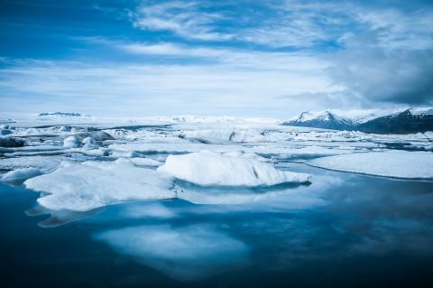 icebergs en la laguna Jokulsarlon, Islandia
