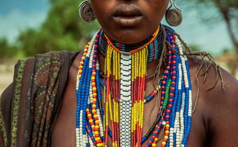 Mujer Arbore desnuda , Etiopia