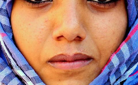 Retrato de mujer Jordana en Petra, Jordania