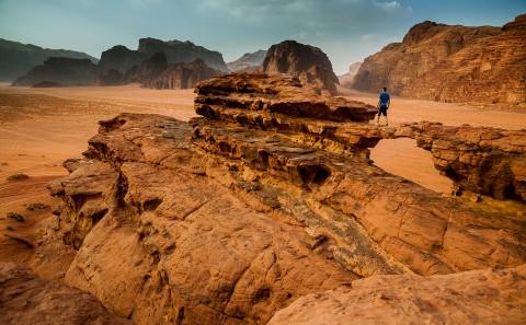 Puente natural, desierto de Wadi rum , Jordania