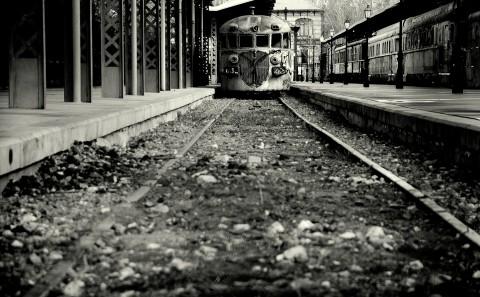 Foto en B&N de Tren Abandonado